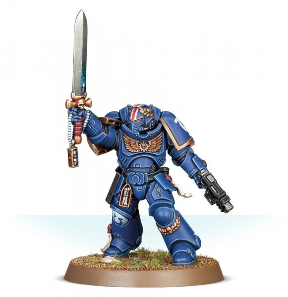 Primaris Lieutenant with Power Sword ― HobbyWorld