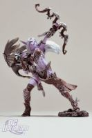 DC Unlimited: World of Warcraft: Series 5: NIGHT ELF HUNTER: ALATHENA MOONBREEZE WITH SORNA Action Figure
